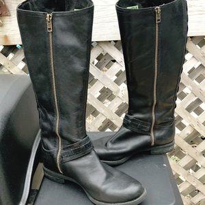 Black Timberland Boots *RARE SAMPLE PAIR* Size 7